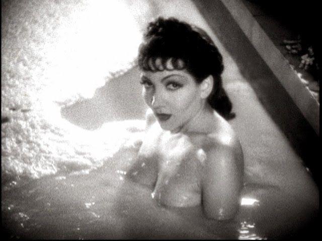 Claudette Colbert en El signo de la cruz en 1932